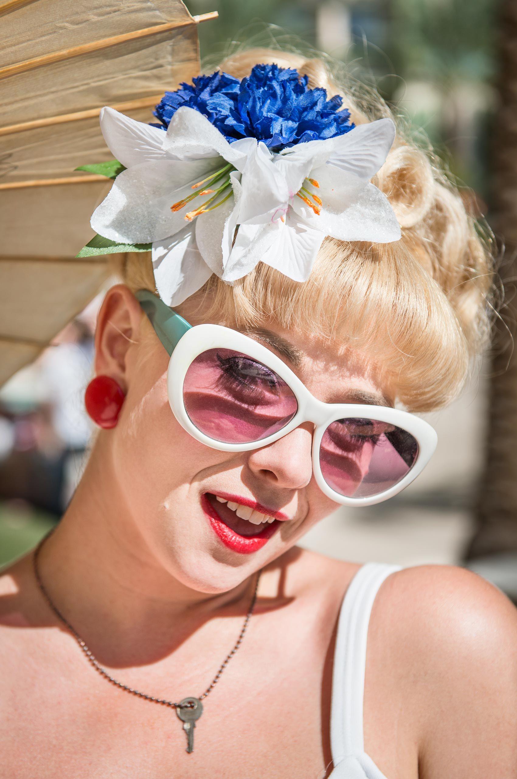 blonde-bombshell-vivalasvegas-HenrikOlundPhotography.jpg