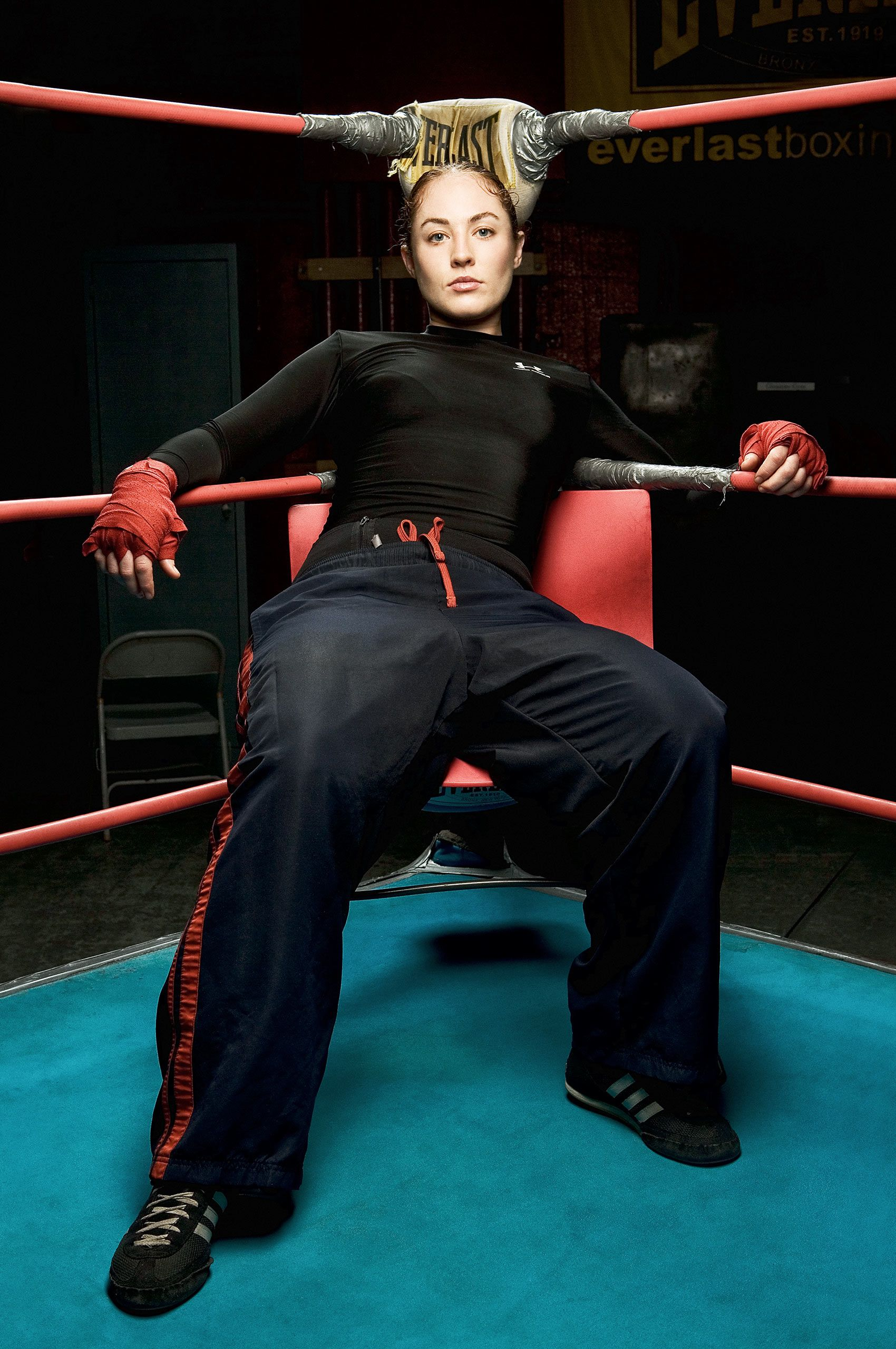 Female-boxer-HenrikOlundPhotography.jpg