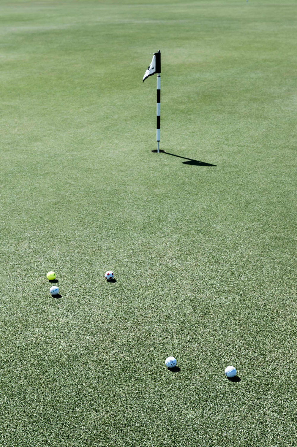 Putting-Green-HenrikOlundPhotography.jpg
