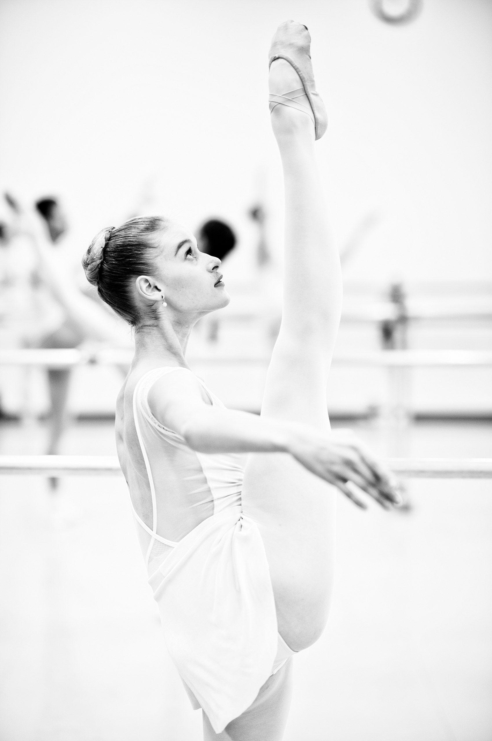 Ballet-practice-HenrikOlundPhotography.jpg