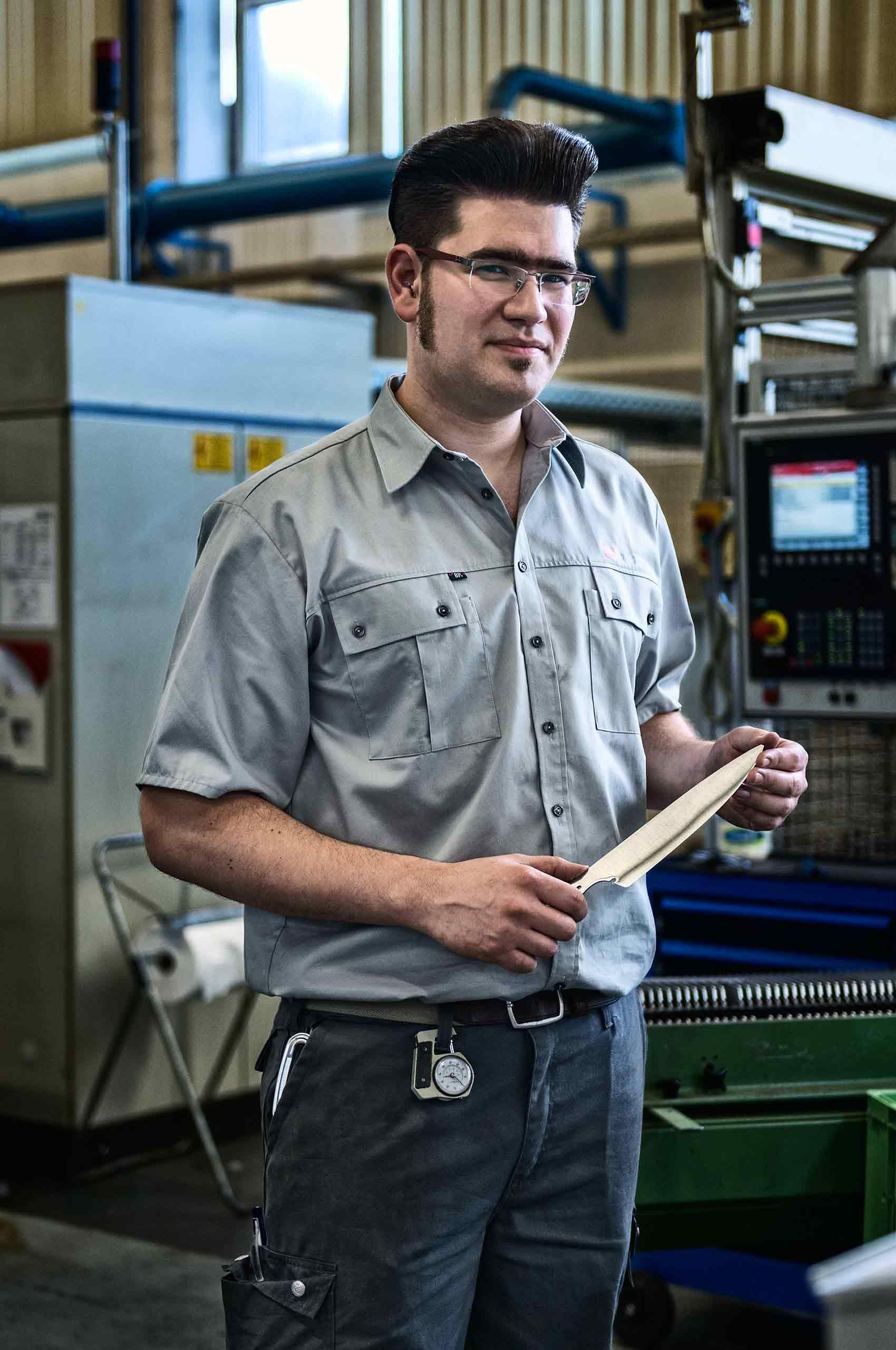 rockabilly-factory-worker-wustof-factory-solingen-germany-by-HenrikOlundPhotography.jpg