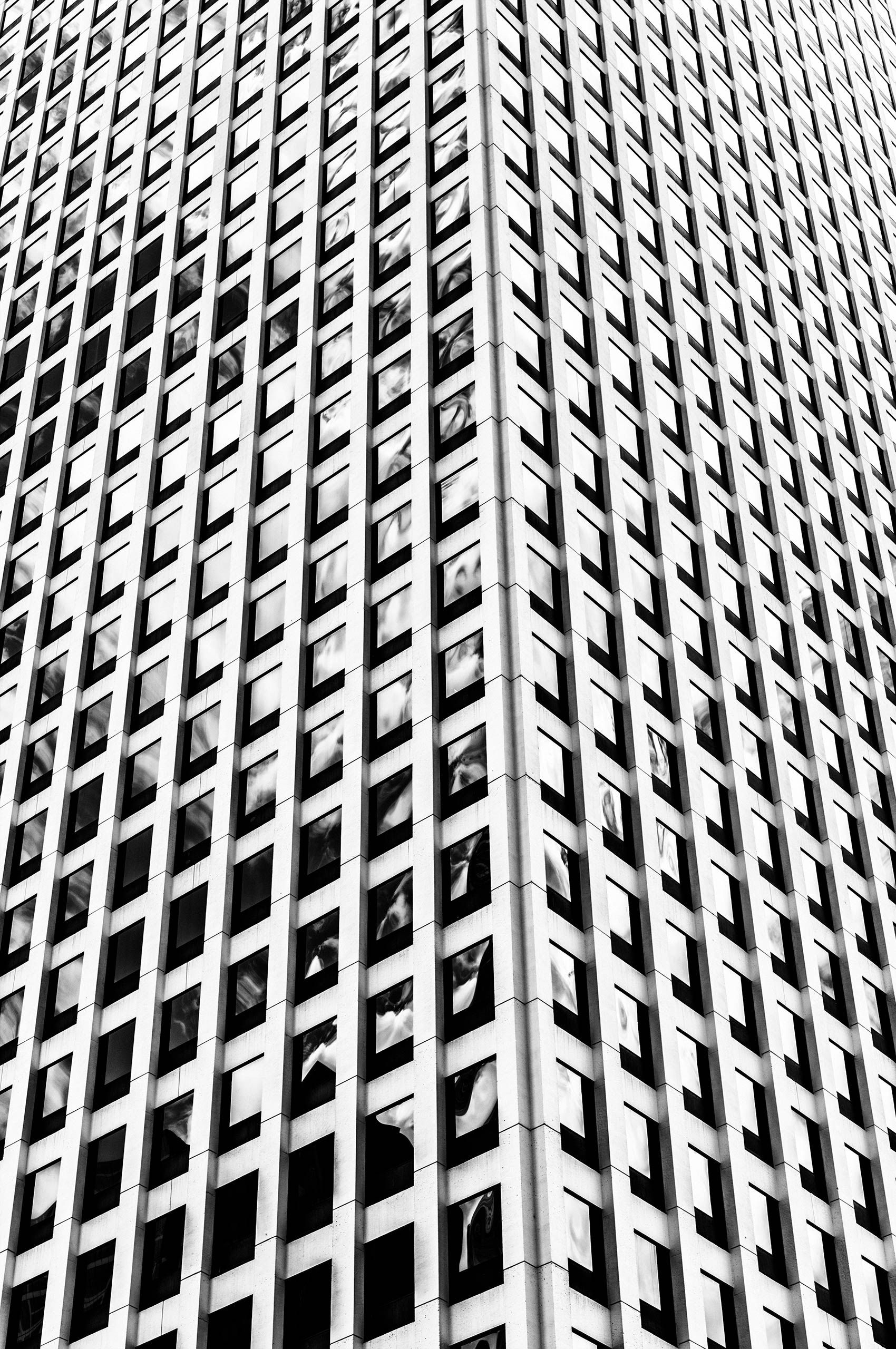 Buidling-facade-Chicago-HenrikOlundPhotography.jpg
