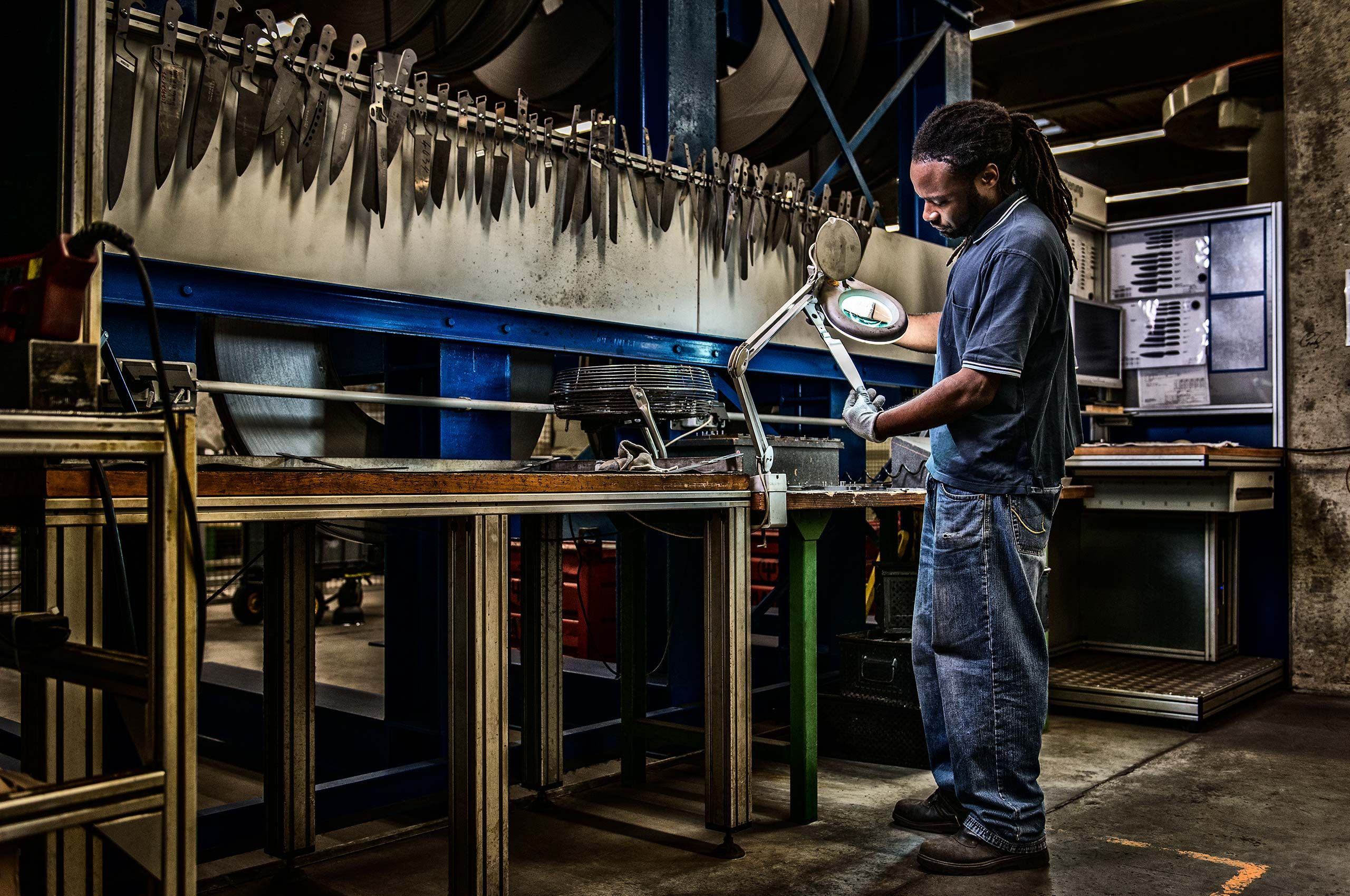 quality-control-wusthof-factory-HenrikOlundPhotography.jpg