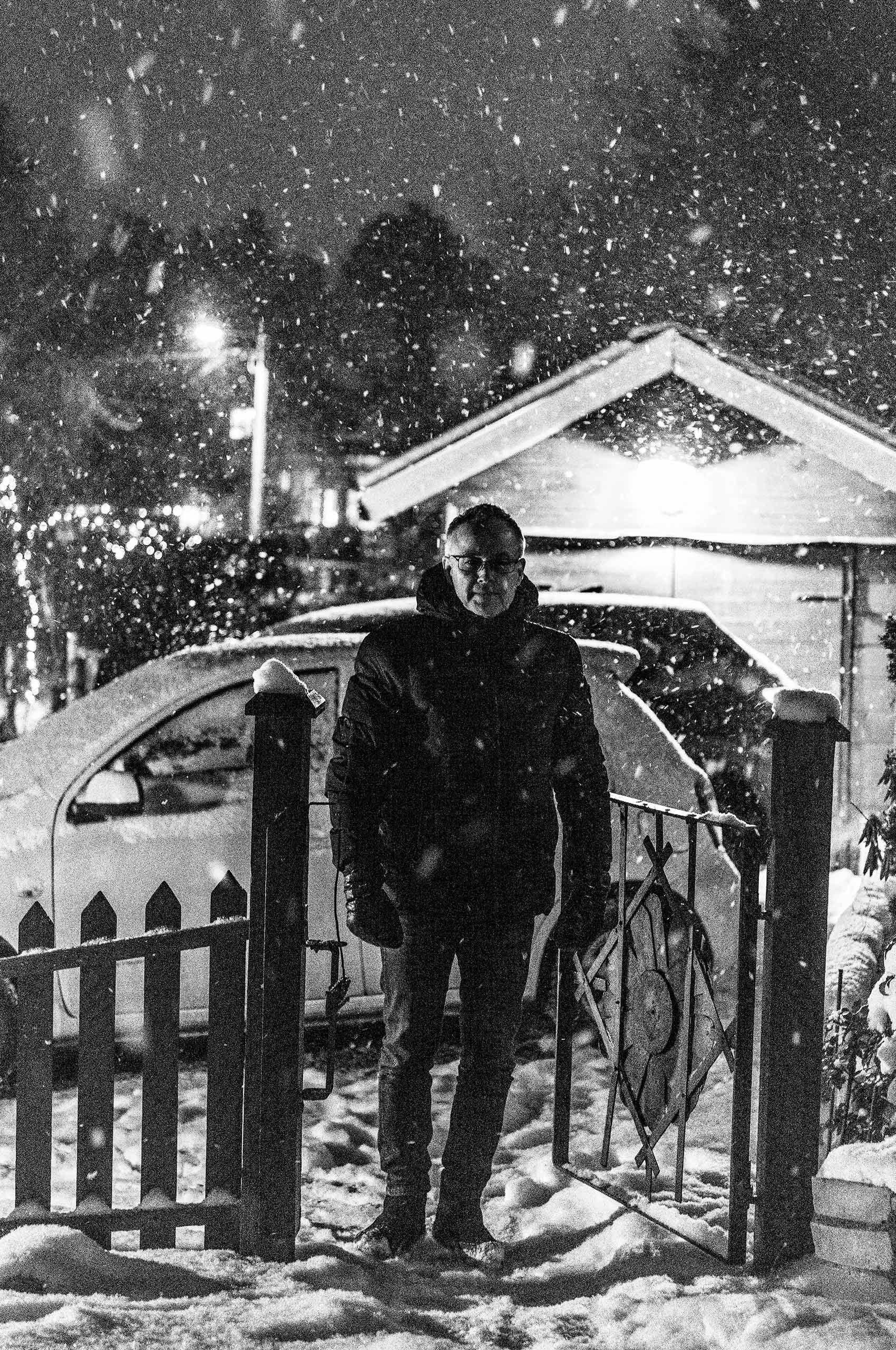 Man-Snow-HenrikOlundPhotography.jpg
