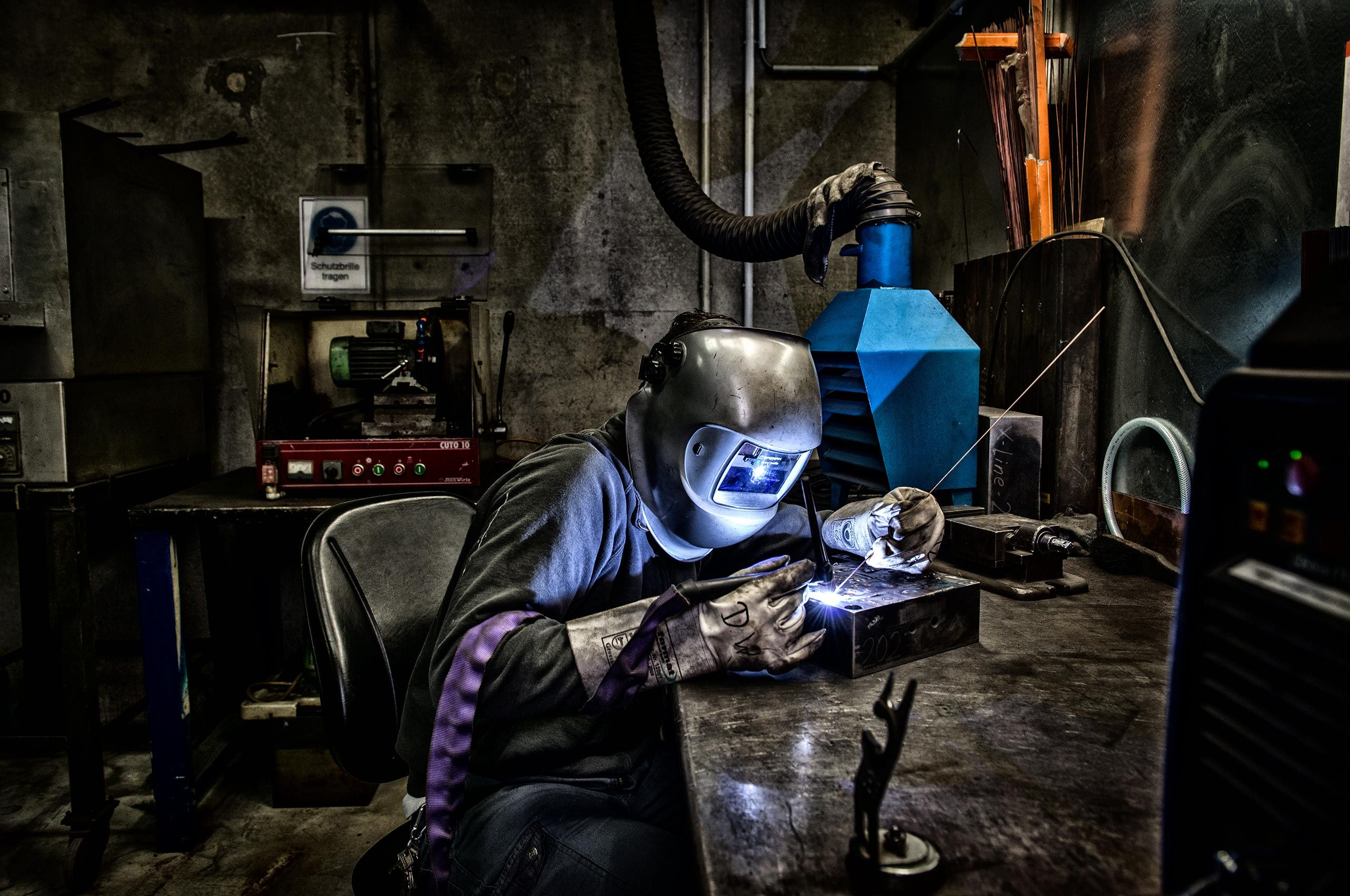 welding-wusthof-factory-HenrikOlundPhotography.jpg