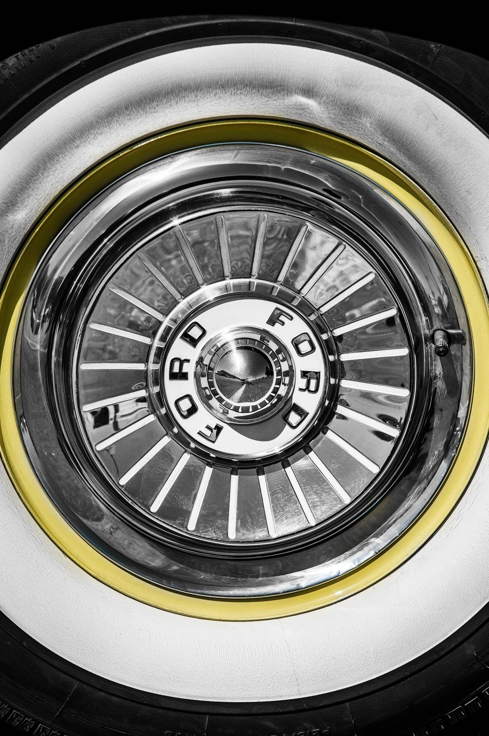 classic-wheel-vivalasvegas-HenrikOlundPhotography.jpg