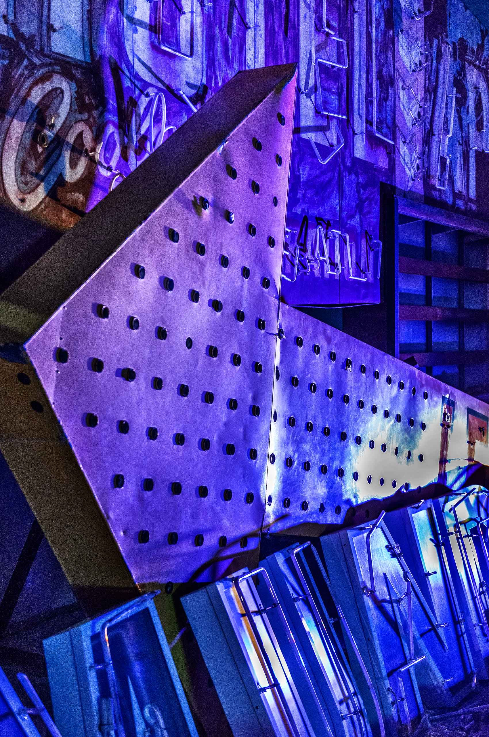 Neon Vegas: Arrow     $2,500