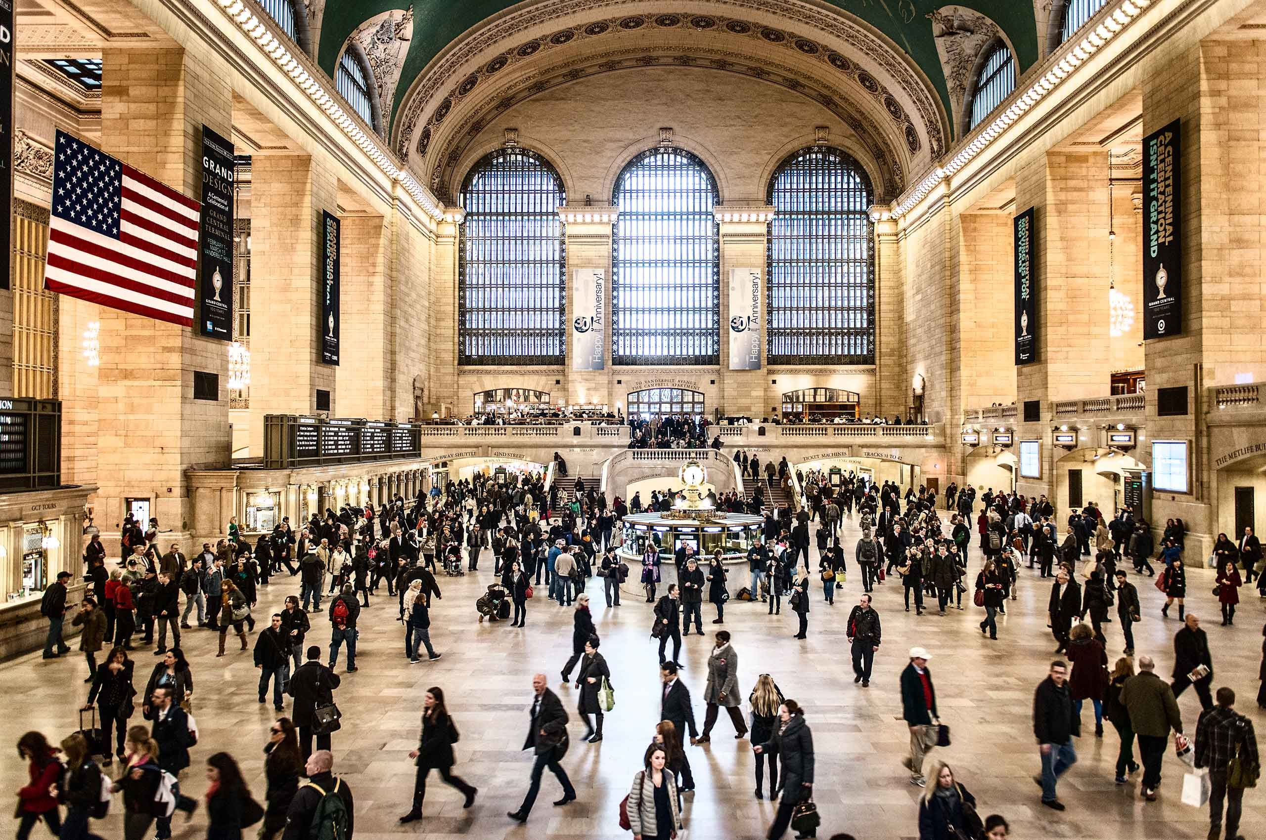 grandcentralstation-rushhour-commuters-by-HenrikOlundPhotography-HenrikOlundPhotography.jpg