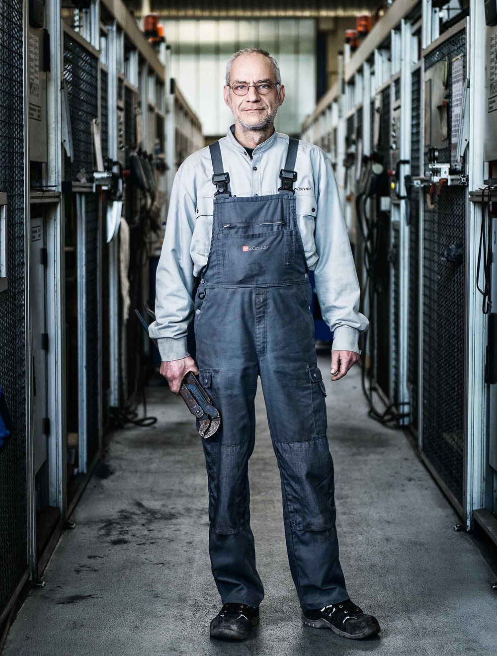 dependability-wustof-factory-solingen-germany-by-HenrikOlundPhotography.jpg