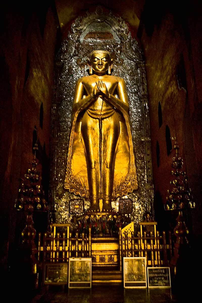 Golden Buddha. Bagan, Myanmar.