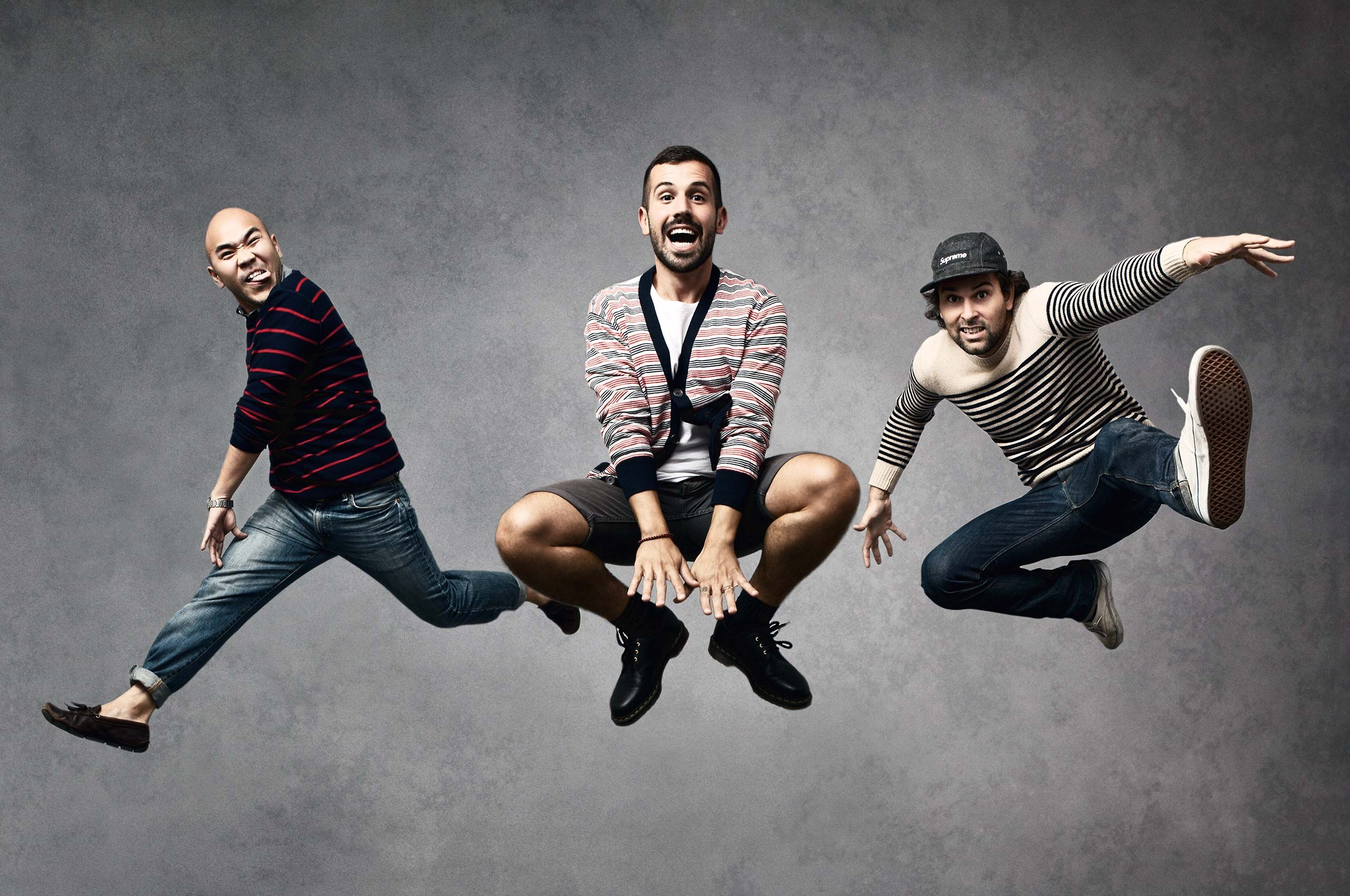 coordinated-jump-HenrikOlundPhotography.jpg