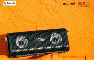 AVAR15404-VOX_Hallway_30x40_808HEX-XL_031914-2.jpg