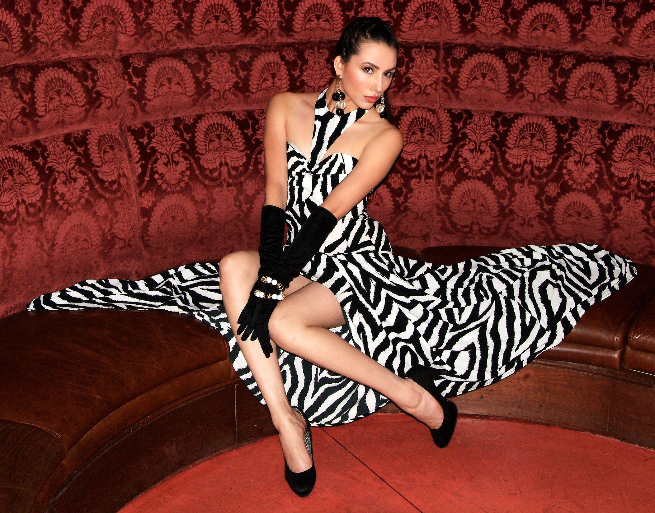 b&w-dress_pp.jpg