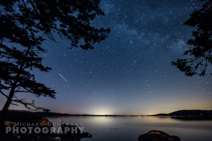 Meteor & Milky Way over San Juan Islands