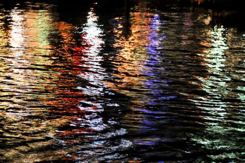 Harbor Lights Reflecting 8614