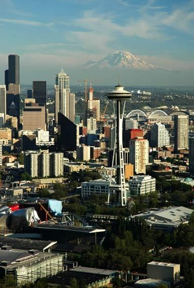 1needle_downtown_rainier_462.jpg