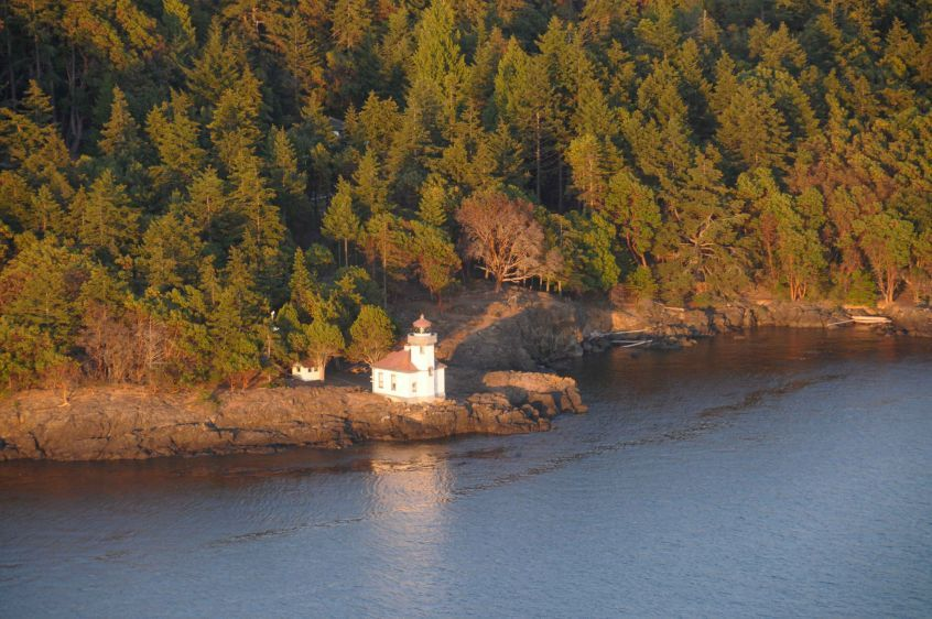 Over Lime Kiln Lighthouse 2009