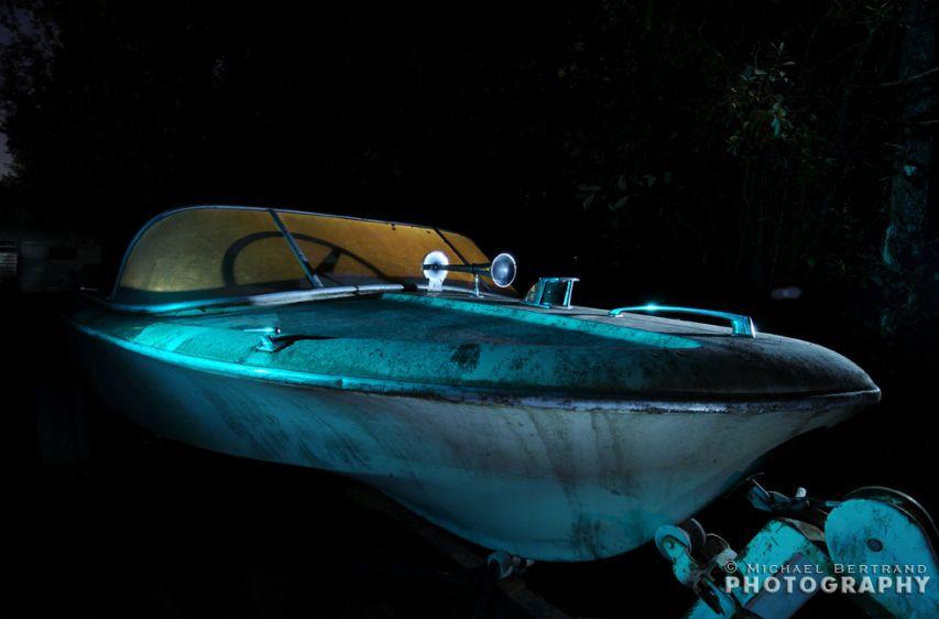1speedboatsecondshotcr.jpg