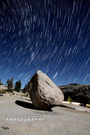 Balanced Rock Olmsted Pt Yosemite Startrails