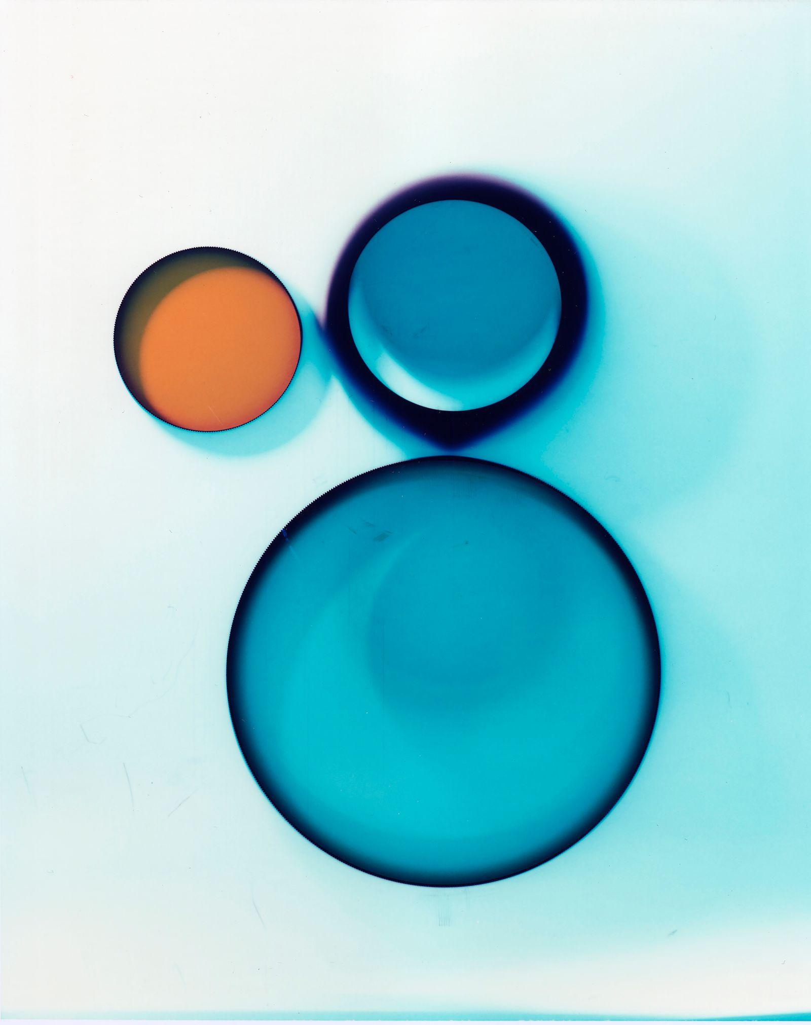 blue3-L.jpg