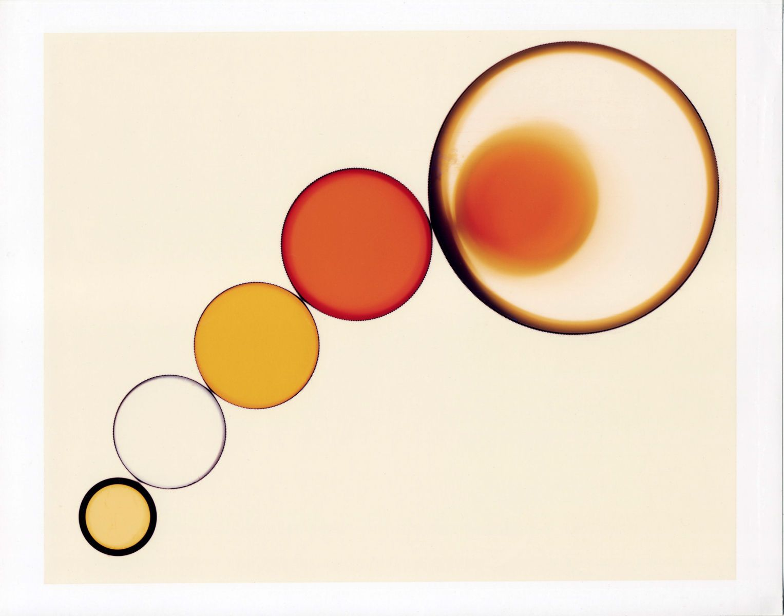 1circles_red_orange_yellow_black