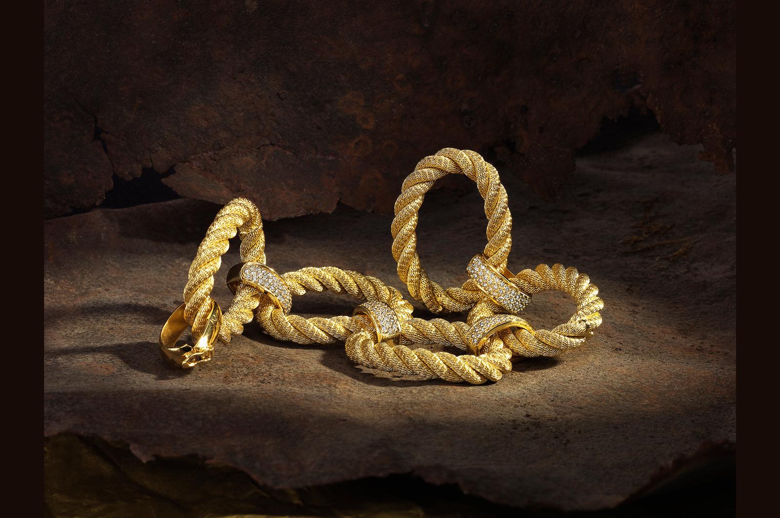 Gold Jewelry Photography 1.jpg