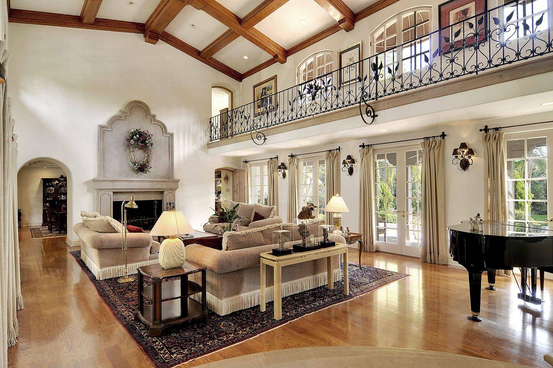 4_0_218_1r3a_living_room_towards_fireplace_pp.jpg