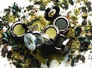 Green Eyeshadow Artistry copy.jpg