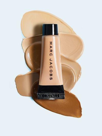 Marc Jacobs Beauty Deluxe Shameless Youthful Look 24H Longwear Foundation_6127 (2).jpg