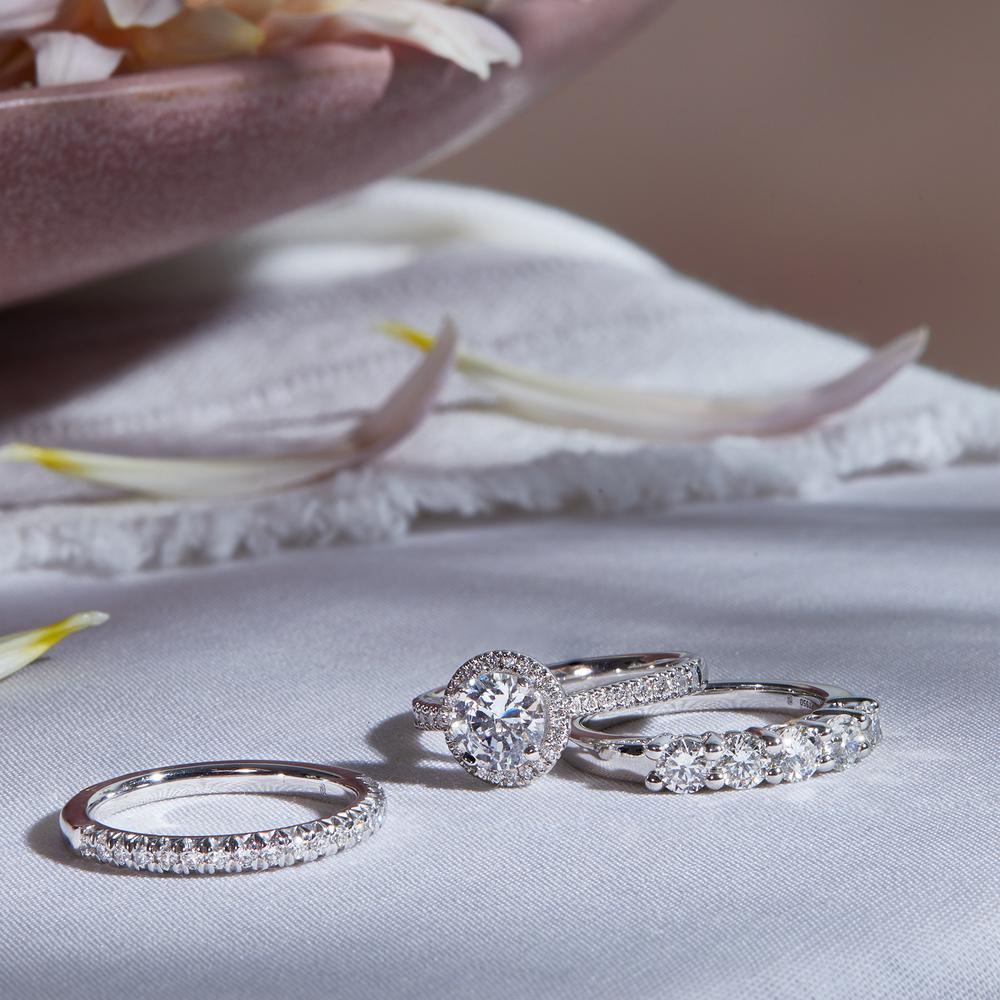 Gorgeous Diamond Ring Set Blue Nile