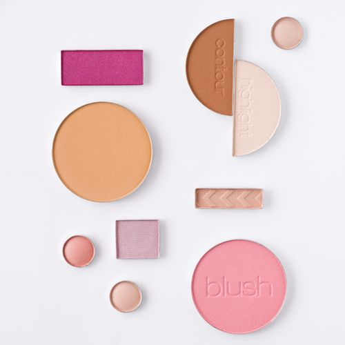 Contour, highlighter and blush