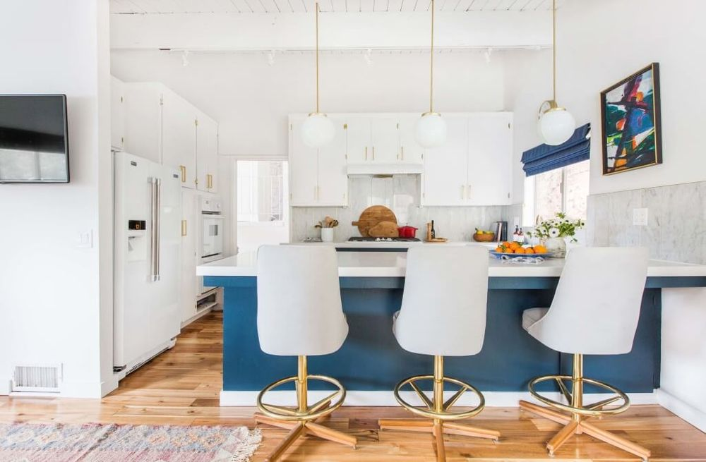Emily-Henderson_Home_Family-Room_Curbed_Style-to-Sell_12-1024x671.jpg