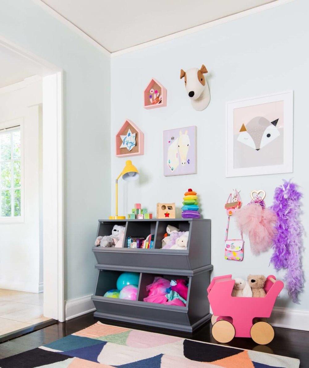 Emily-Henderson_Full-Design_Girls-Playroom_Whimsical_Pink_Playful_6-1024x1221.jpg