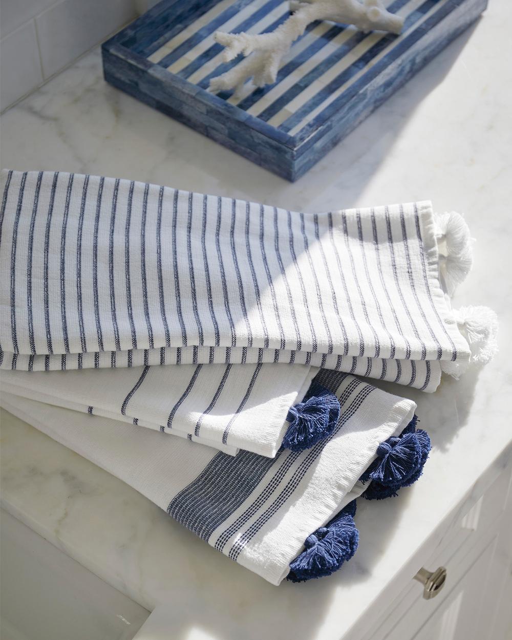 CAT_Towels-0119_Crop_BASE.jpg