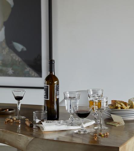 liquor, wine and bites