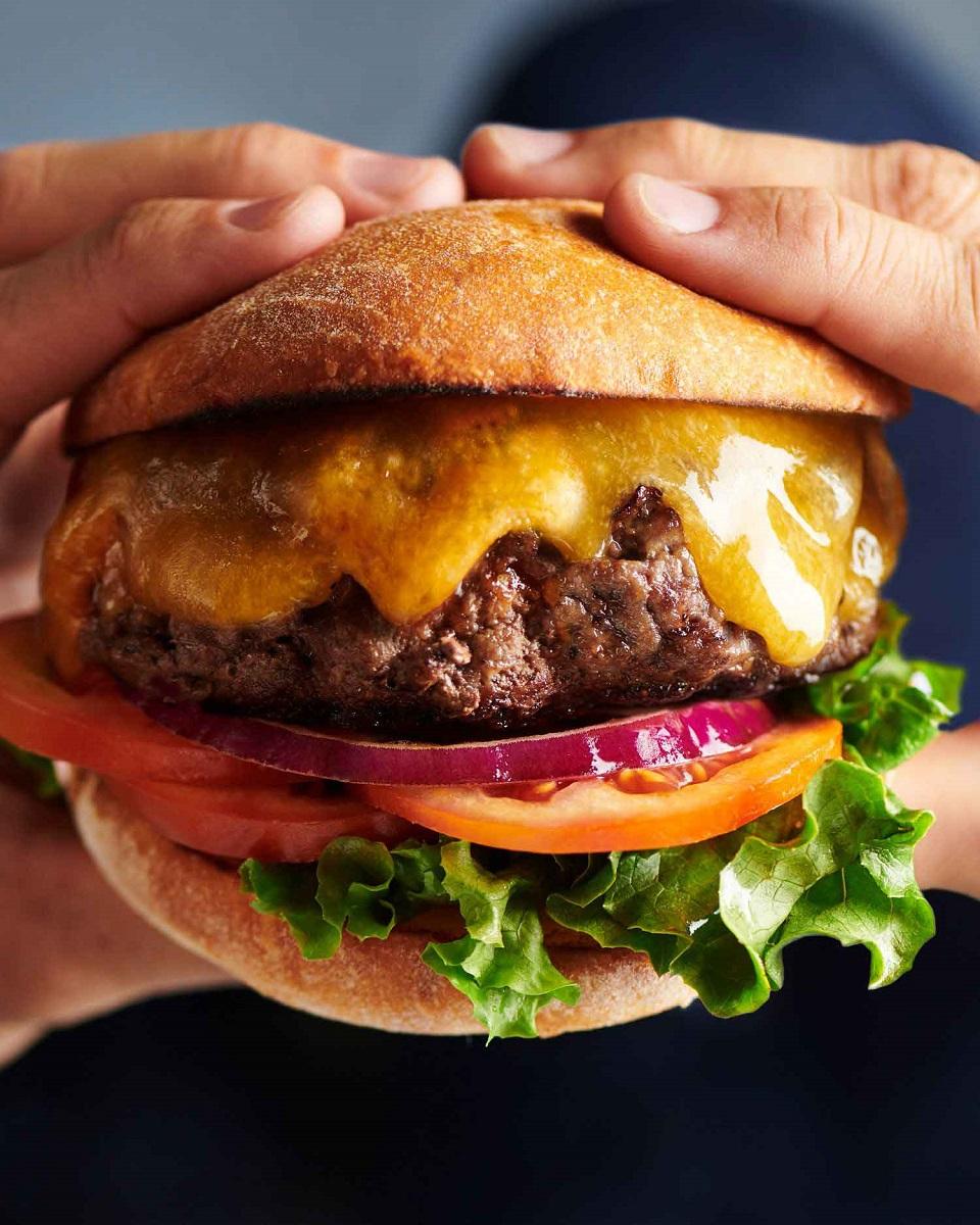 Classic Tillamook cheeseburger