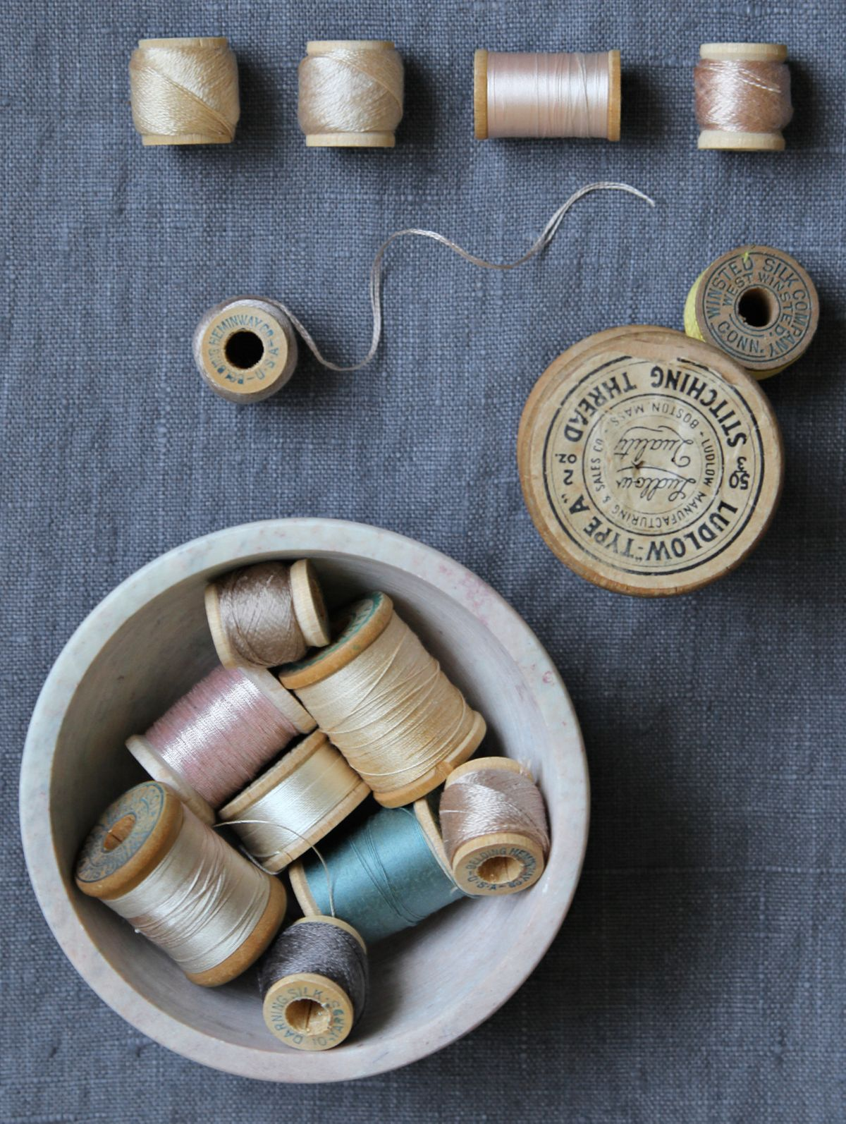 21 sewing-happiness-vintage-thread.jpg