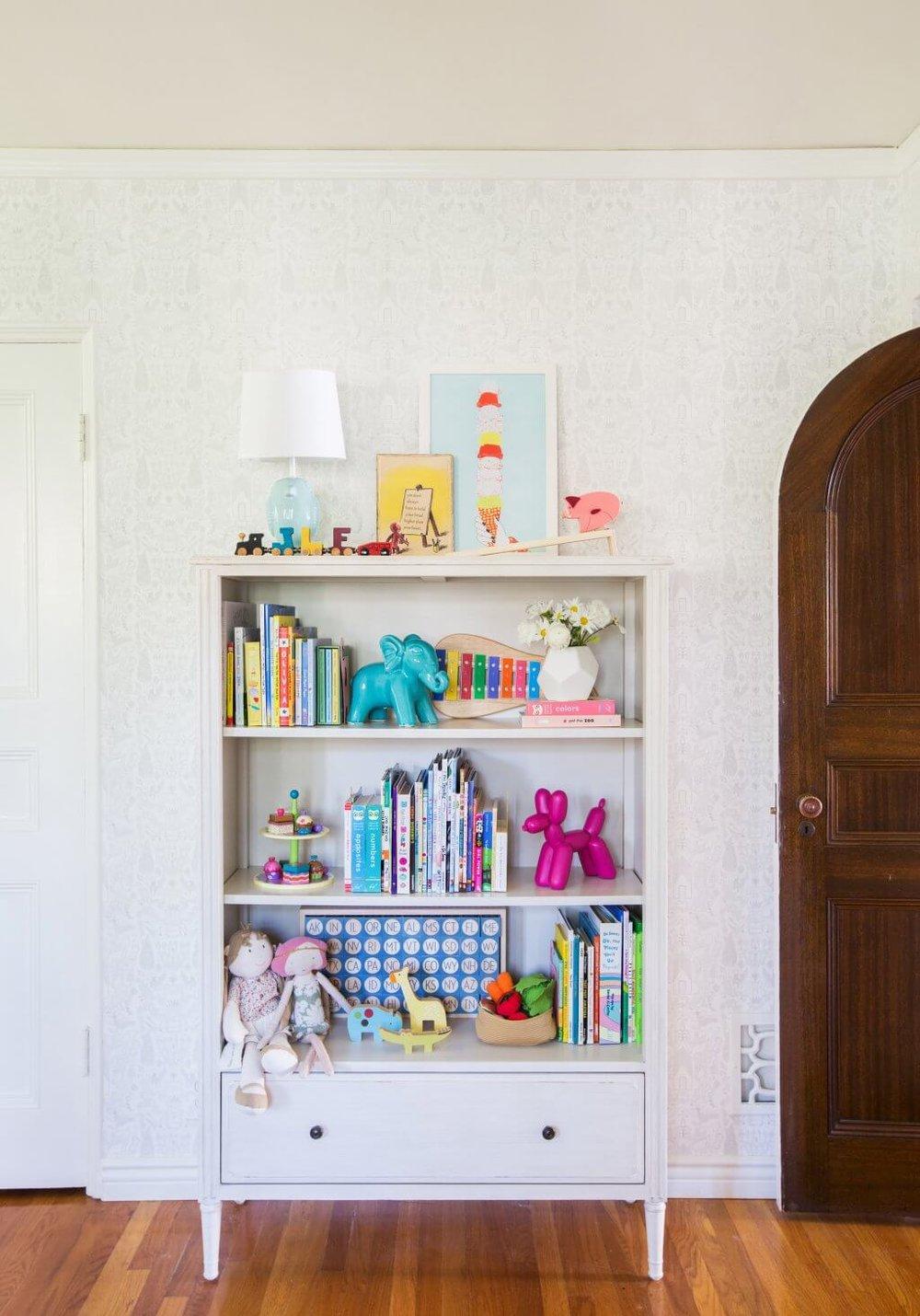 Emily-Henderson_Full-Design_Little-Girls-Room_Pink_Gray_Playful_Pics_1-1024x1464.jpg