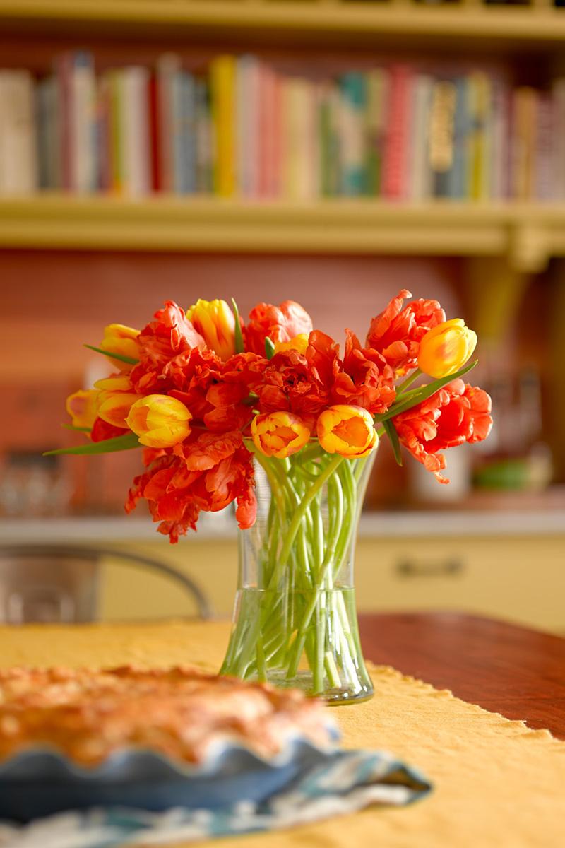 blaine_simmons tulip detail.jpg