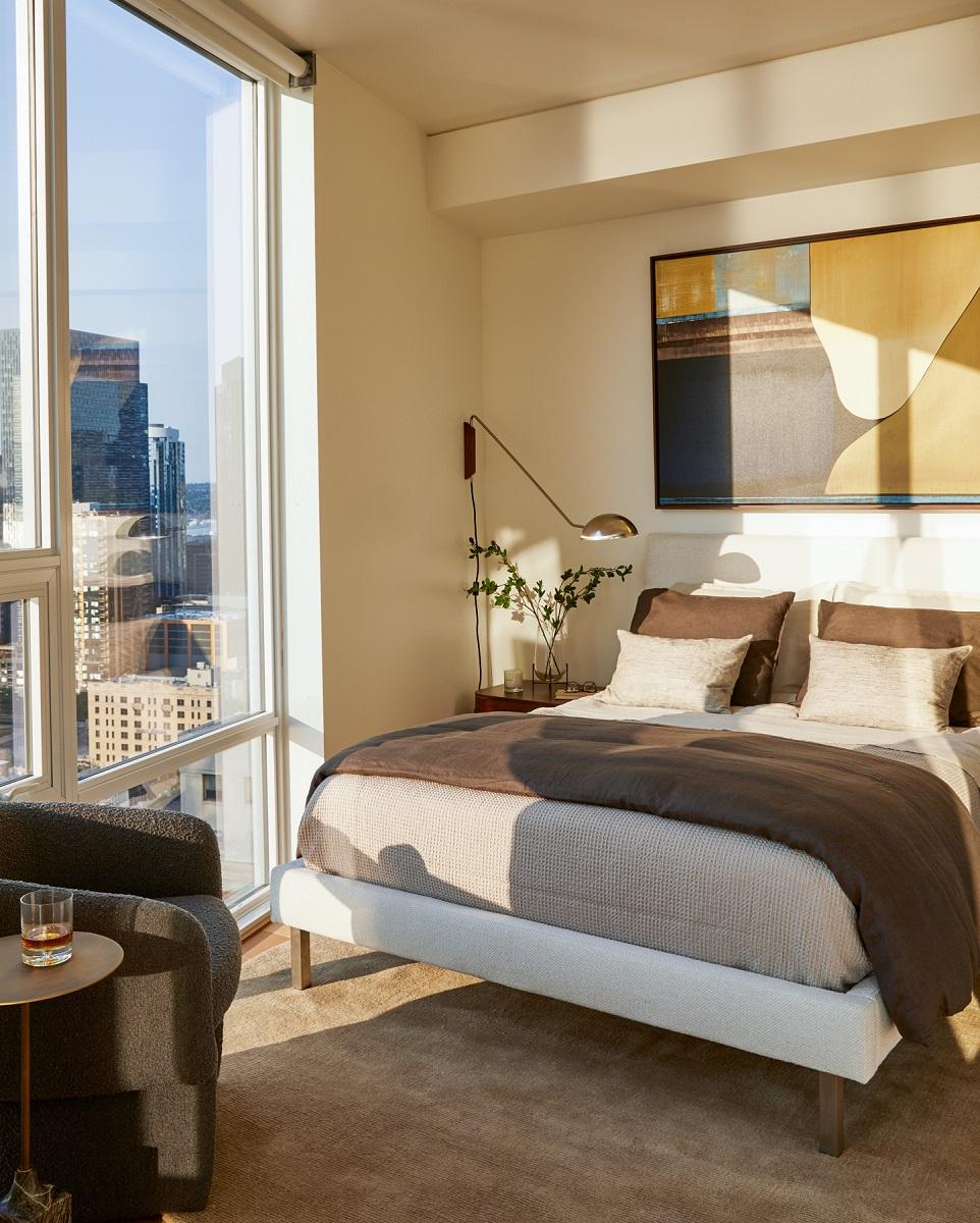 GeorgeBarberis Bedroom with Sunset.jpg