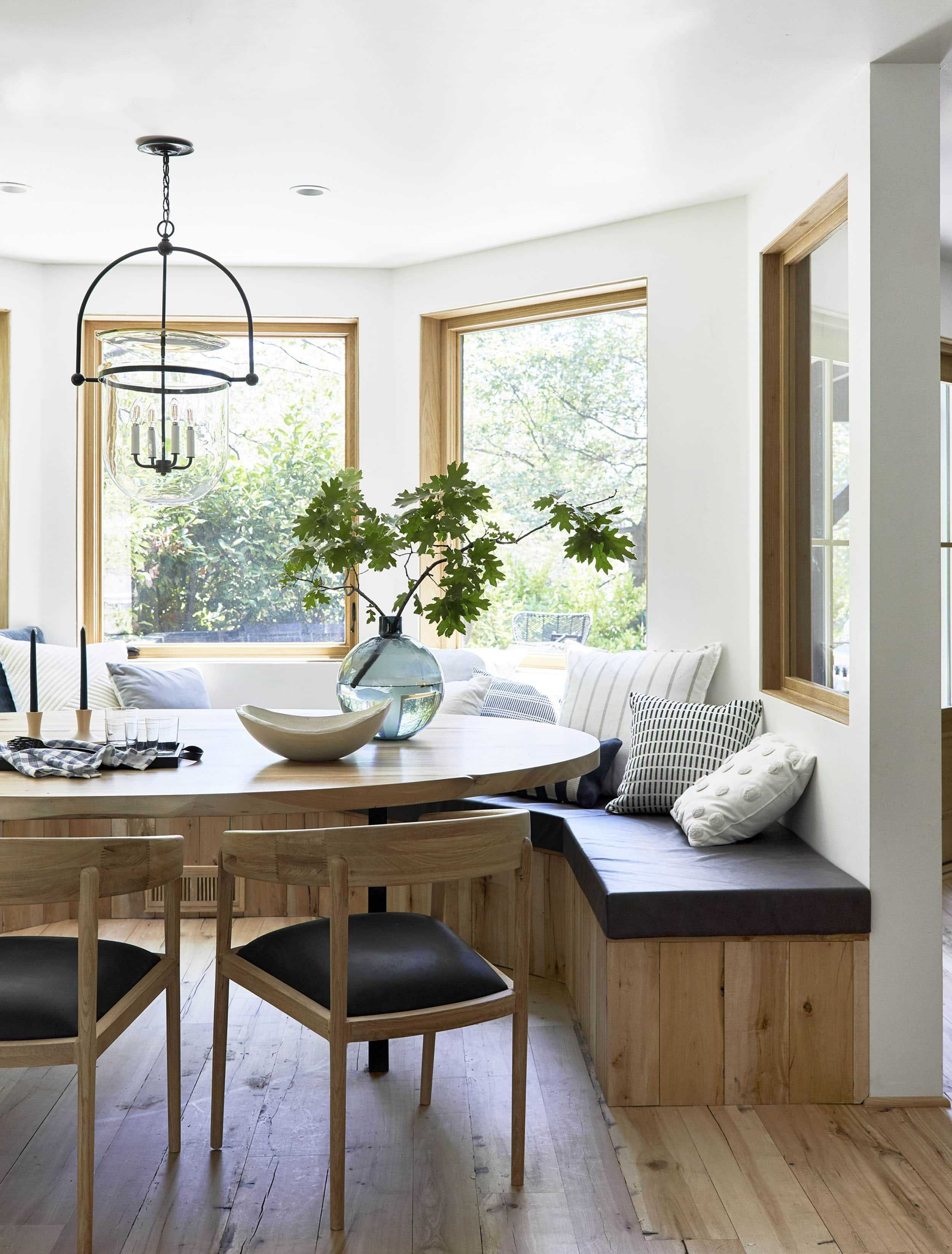 Emily-Henderson-Moutain-House-Dining-Room-LoRes1.jpg