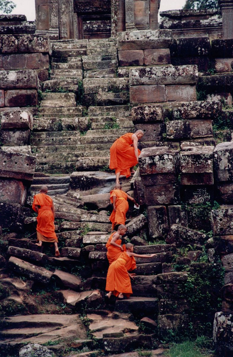 1monks_climbing_rocks.jpg