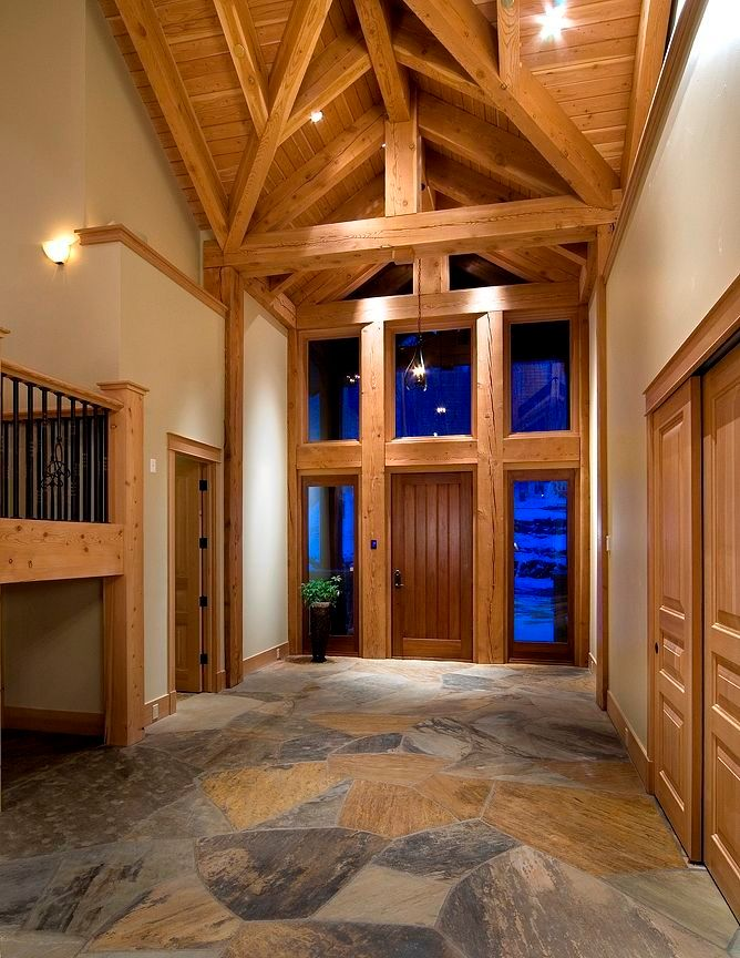 Timberframe Entry