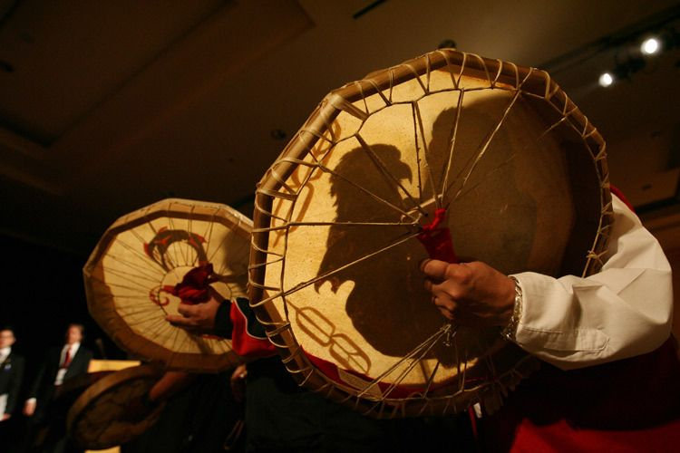 1r22_Native_Drummers.jpg
