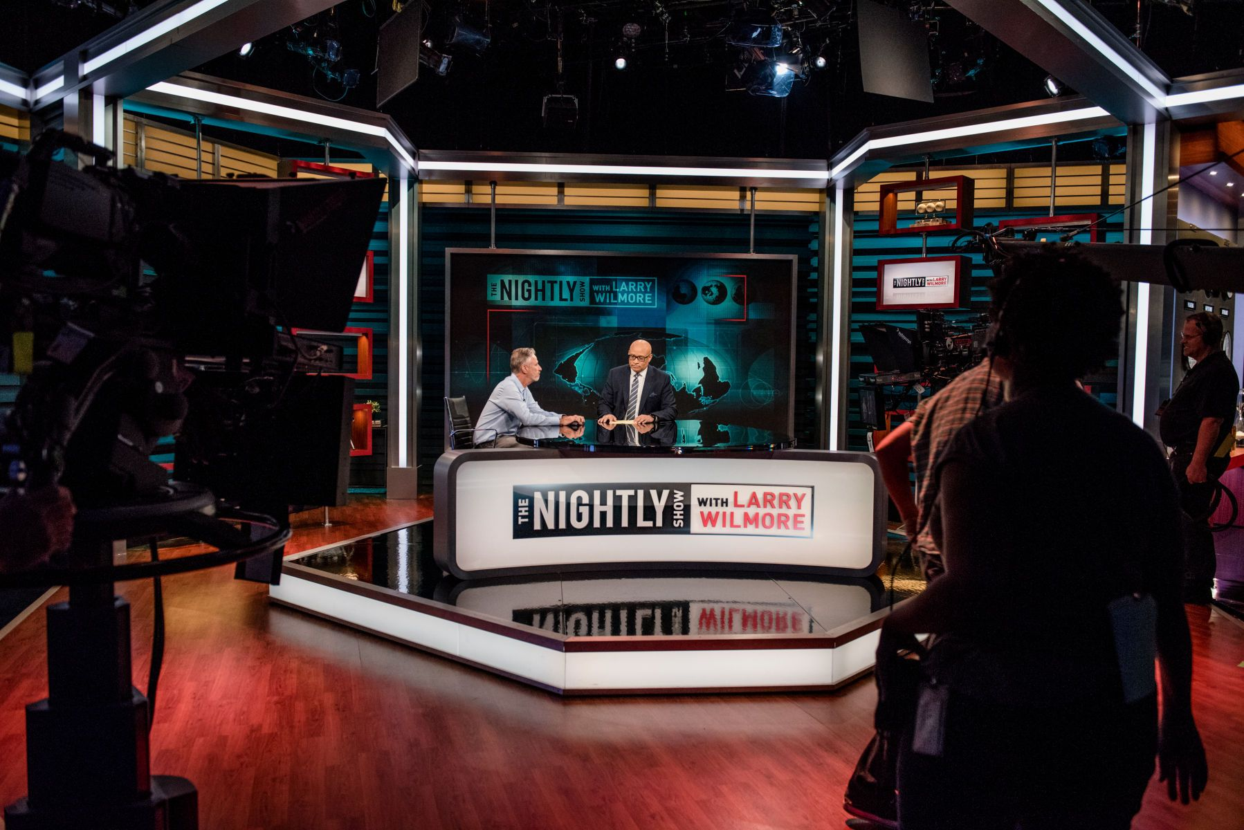 1nightlyshow_aug2016_190.jpg