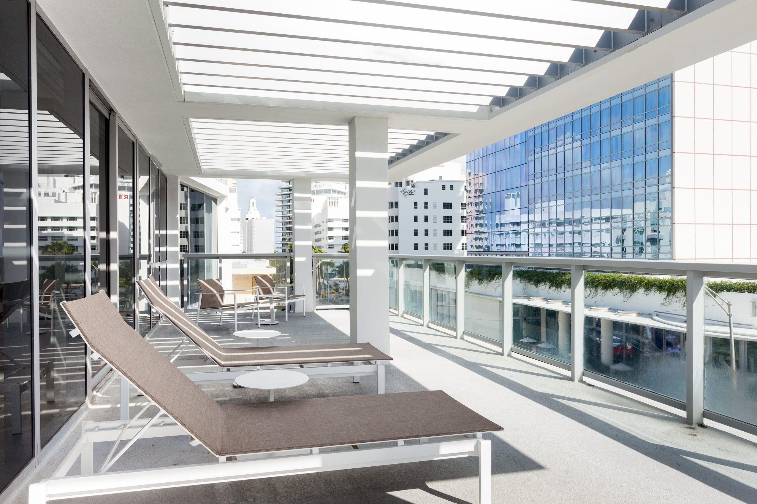 AC_Miami_Beach_Balcony.jpg