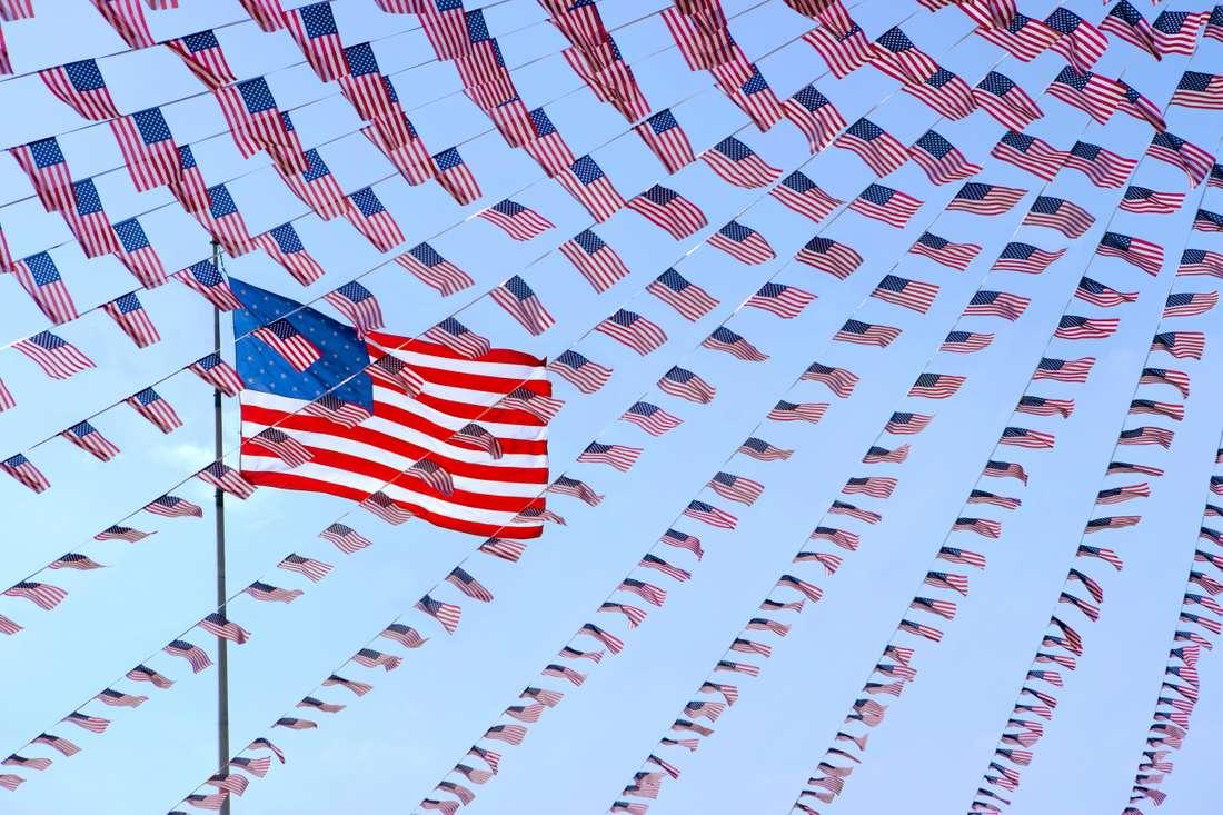 PEASE_PCG112-American-Flags-web.jpg