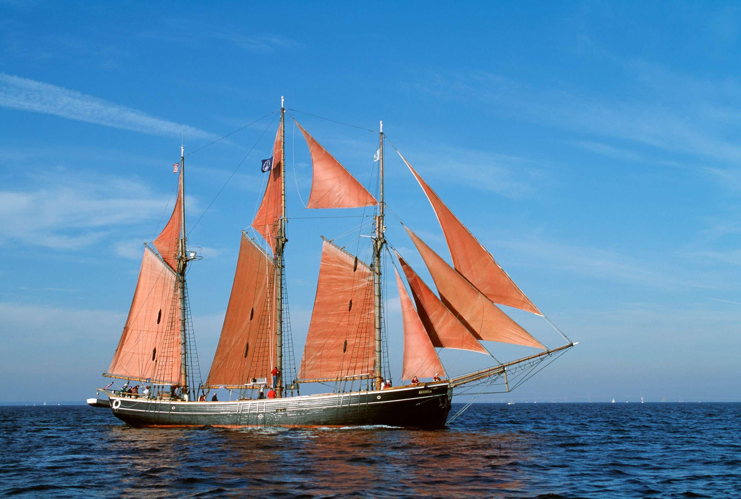 PORTFOLIO - Sailing - Windjammers #27    PCG260