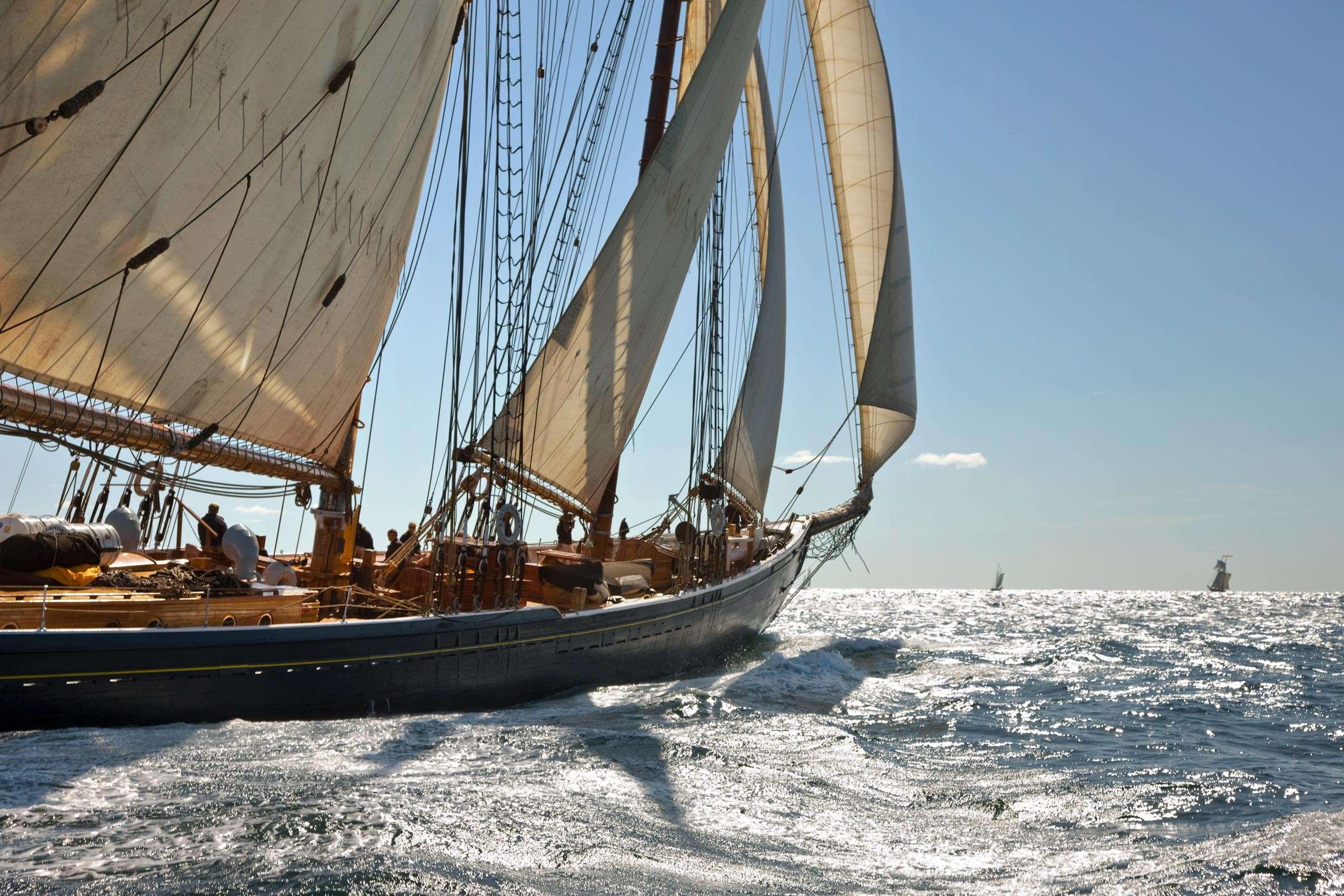 PORTFOLIO - Sailing - Windjammers #12   PCG444