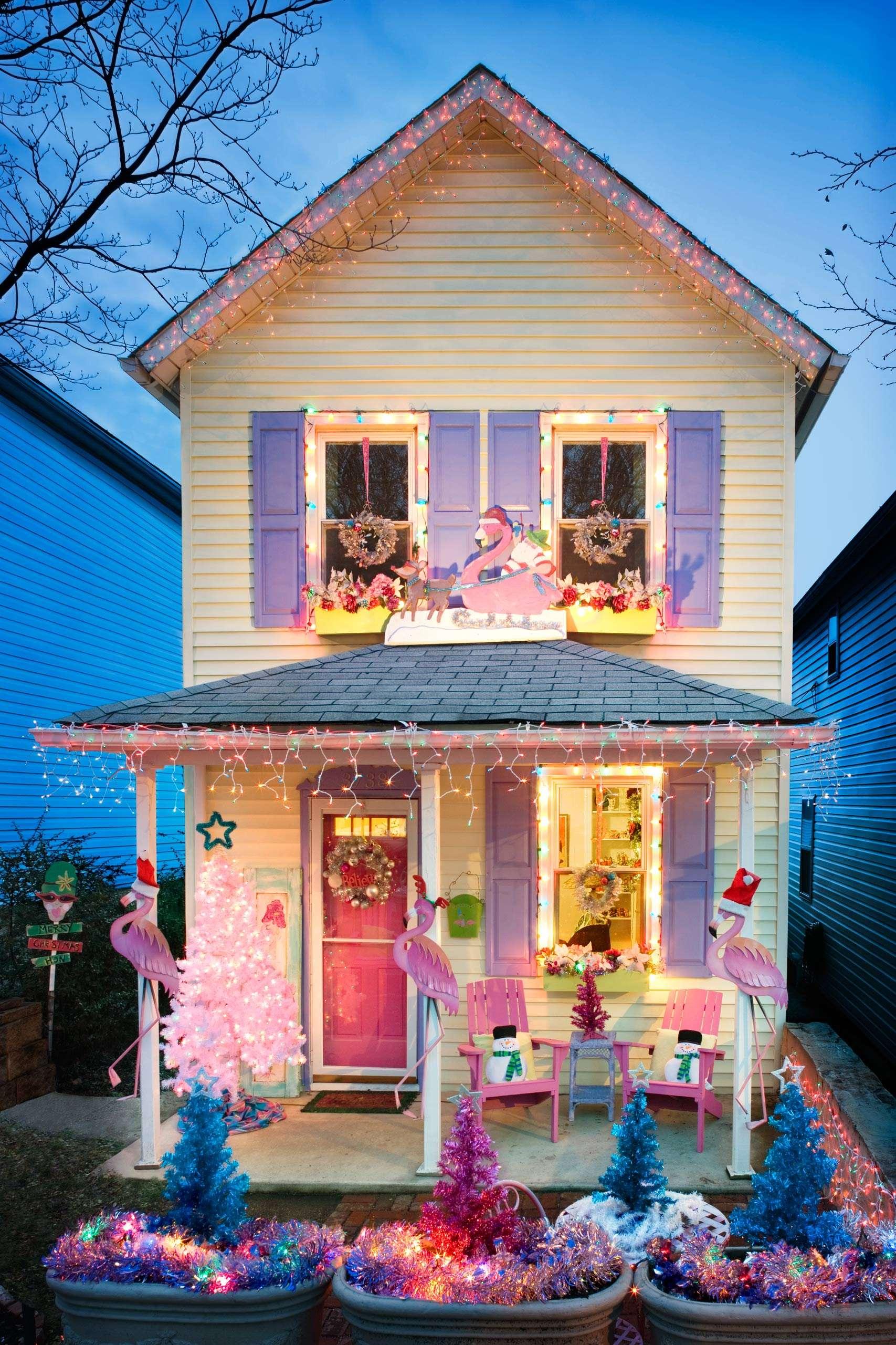 PORTFOLIO - Baltimore - Neighborhoods   #19  Hampden House with Christmas Decorations